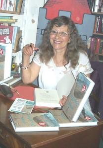 Theresa booksigning 1